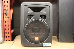 JBL Eon 10 inch powered speaker (can be mounted)