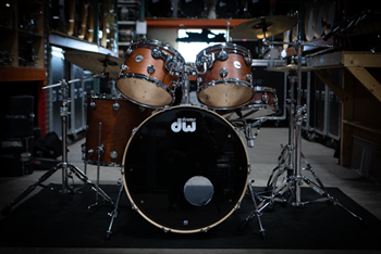 DW Collectors Tobacco Stain DRUMS